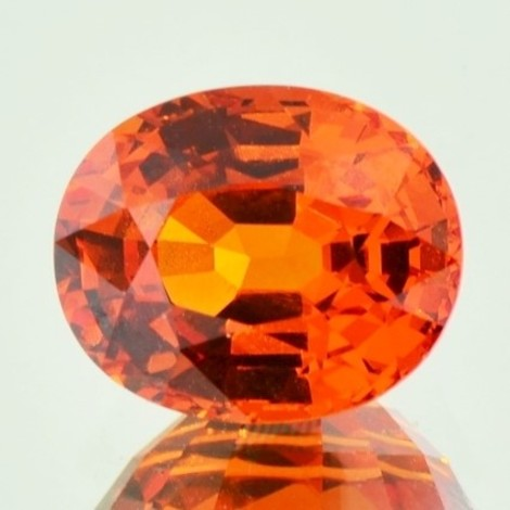 Mandarin-Granat oval orange 4,91 ct