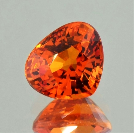 Mandarin-Garnet pear orange 4.59 ct