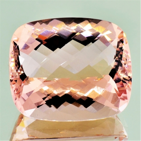 Morganite Antikoval-Schachbrett light pink 79.84 ct