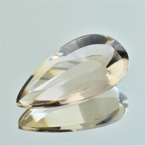 Smoky Quartz Tropfen-Design 16 ct