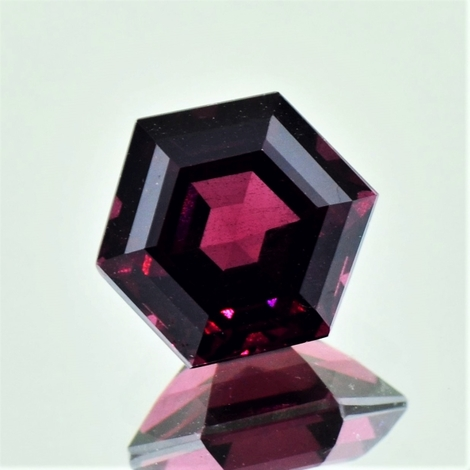 Rhodolith hexagon 6,58 ct