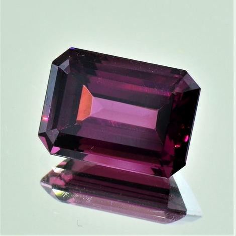 Rhodolite octagon purple red 9.46 ct