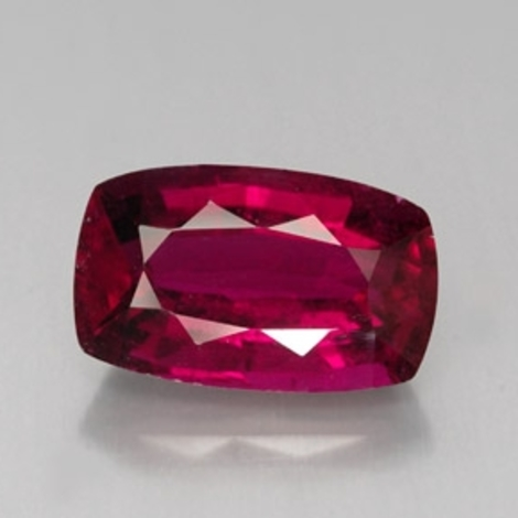 Rubellite Tourmaline cushion 8.20 ct