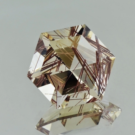Rutilquarz Hexagon-Design 29,41 ct