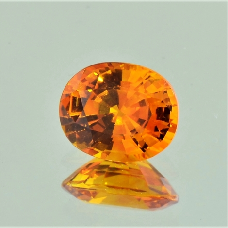 Saphir oval orange 3,98 ct