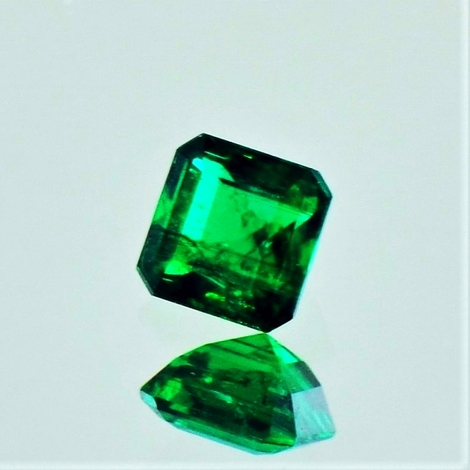 Emerald octagon intensives-grün 0.44 ct