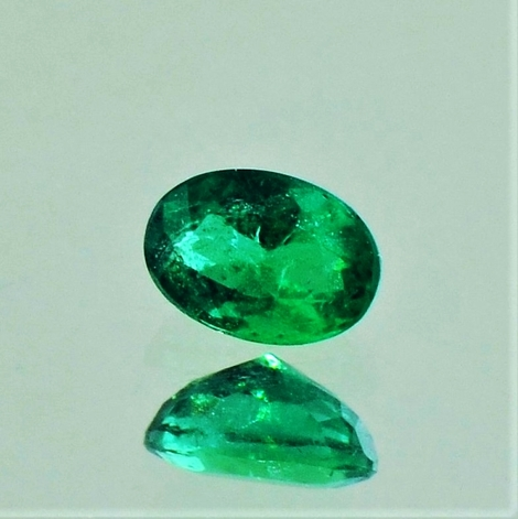 Emerald oval 0.53 ct