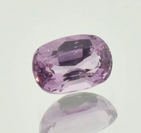 Spinell oval rosa 2,06 ct