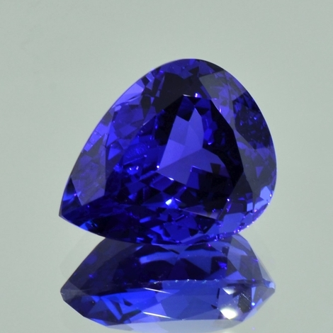 Tansanit Tropfen intensives Blau 17,86 ct