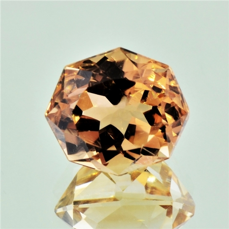 Topaz octagon-design 16.75 ct