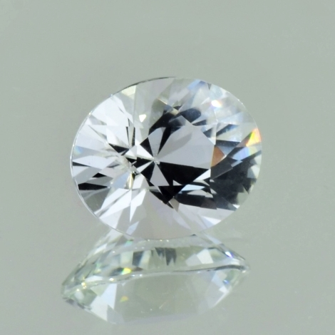 Topaz oval colorless 9.57 ct