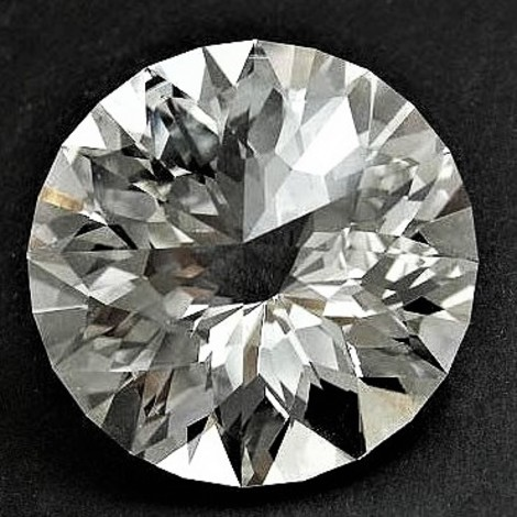 Topaz Rund-Design colorless 47.52 ct