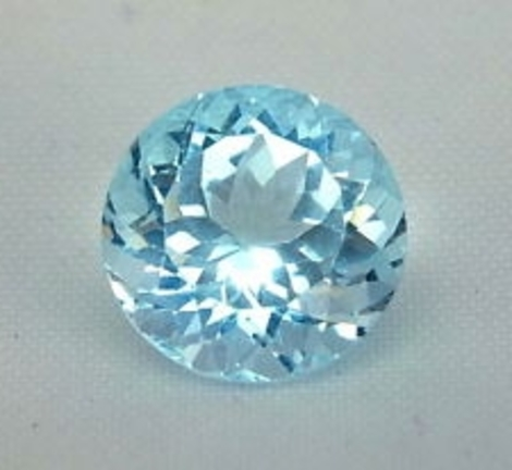 Topaz round light blue 3.7 ct