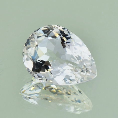 Topaz pear colorless 9.55 ct