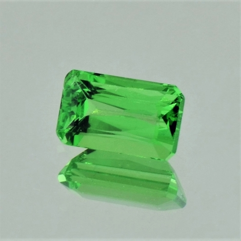 Tsavorit octagon 1,96 ct