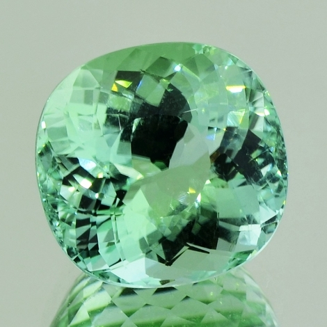 Tourmaline cushion mint green 20.98 ct