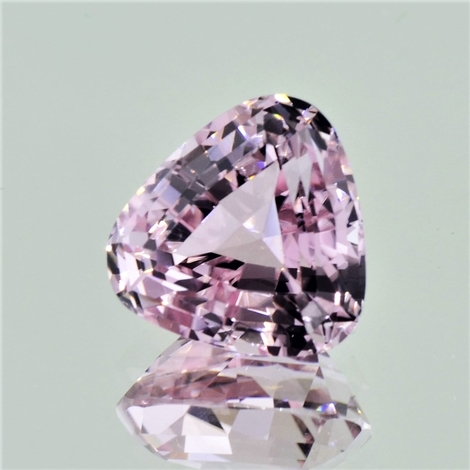 Tourmaline trillion light pink 10.76 ct