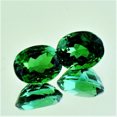 Green Tourmaline Tourmaline Pair oval green 7.56 ct