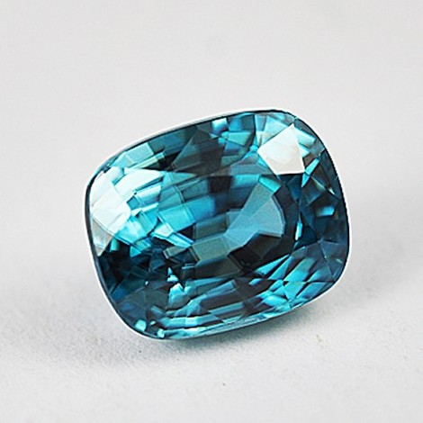 Zircon cushion blue 5.86 ct