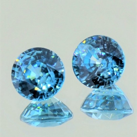 Zircon Pair round blue 9.00 ct