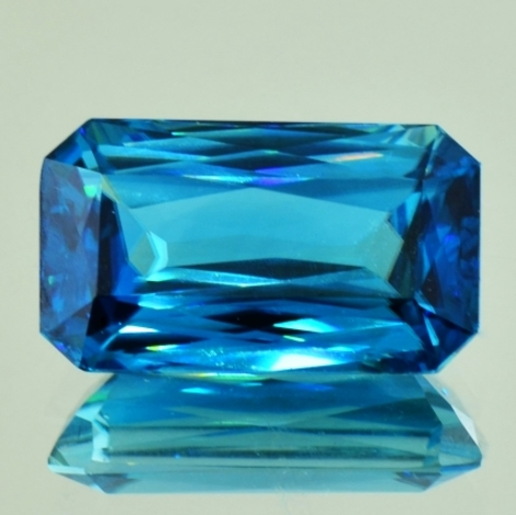 Zircon octagon blue 20.19 ct