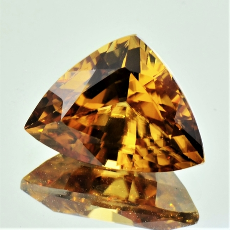 Zircon trillion yellowish 12.10 ct